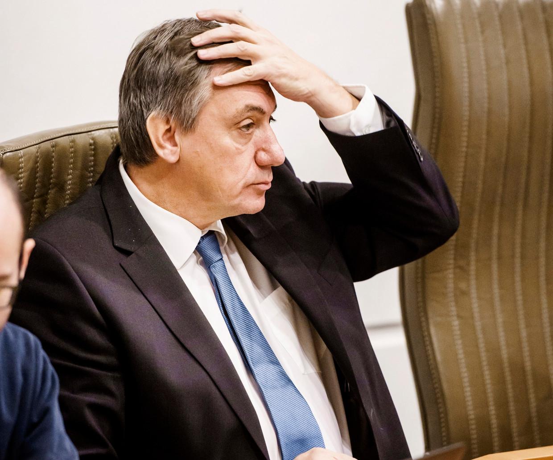 'Dat Jan Jambon nu plots naar voren wordt geschoven als de vertrouwenwekkende staatsman, is een zoveelste illustratie van de radeloosheid bij N-VA.' Beeld Eric de Mildt