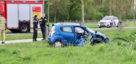Twee gewonden na ongeluk op kruising bij Tollebeek