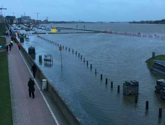 Storm op komst: mogelijk gaan parken en waterkeringsmuur zondag dicht