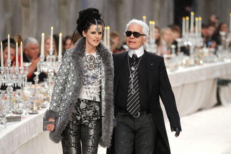 Stella Tennant en Karl Lagerfeld. Beeld Reuters