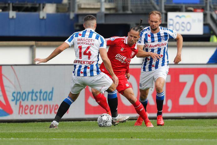 Luca Everink staat vrijdagavond opnieuw in de basis bij FC Twente.