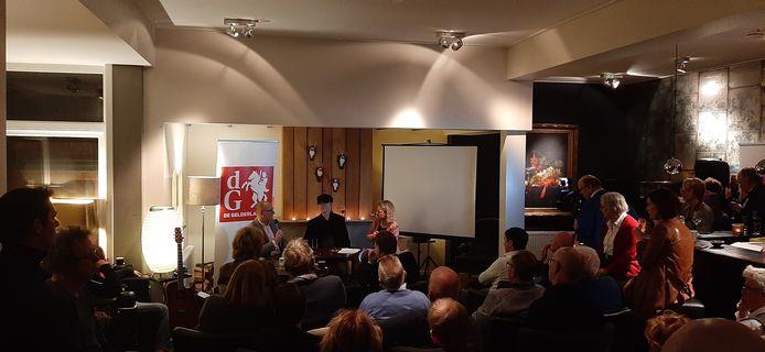 Het Nieuwscafé van de Gelderlander, vrijdagavond in Het Pakhuys in Winterswijk.