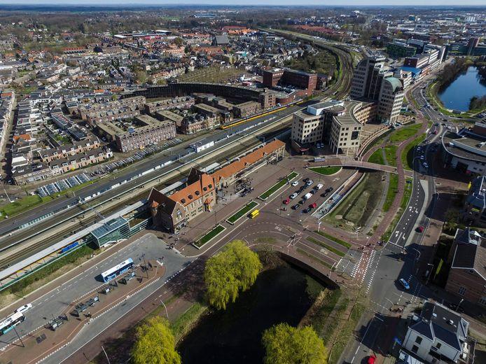 Het Deventer station vanuit de lucht.