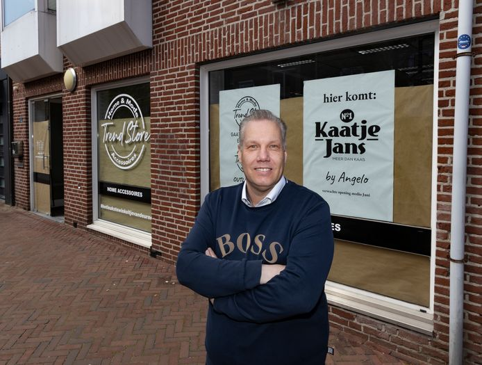 Angelo Bots is de eigenaar van de nieuwe kaaswinkel Kaatje Jans in Deurne.