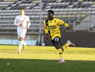 Familie Limbombe heeft er nog een profvoetballer bij: Maxime (17) tekent voor anderhalf jaar bij Lierse