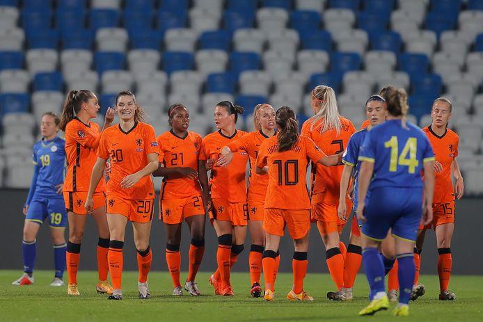 De Oranje-selectie na de derde goal.
