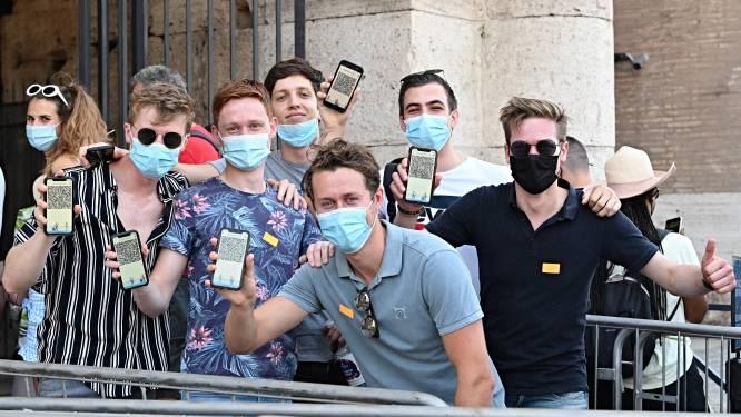 Op vakantie tijdens de pandemie: 'QR-code? Niet nodig hoor, u ziet er zo gezond uit'