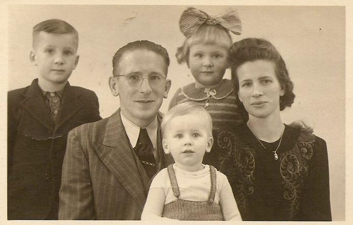 Richard Bauer en zijn familie in 1943