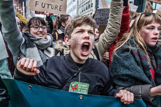 fotoreeks over Massale opkomst derde editie 'Youth for Climate'