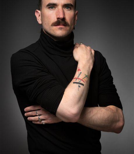 Rick Hoefsloot heeft zijn 'Malevich' altijd bij zich; hij hoeft maar op zijn onderarm te kijken