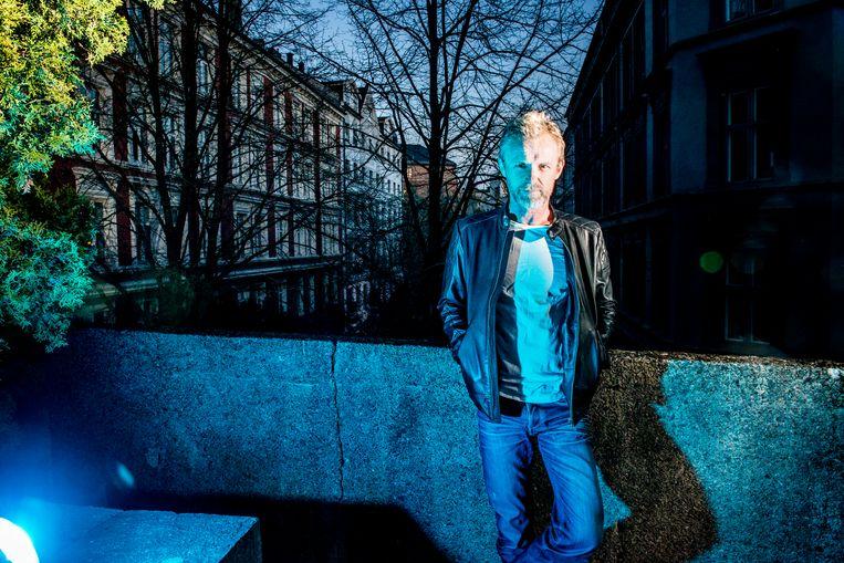 Voetballer wordt punkmuzikant wordt bestsellerauteur: ontmoet Jo Nesbø. Beeld Stefaan Temmerman