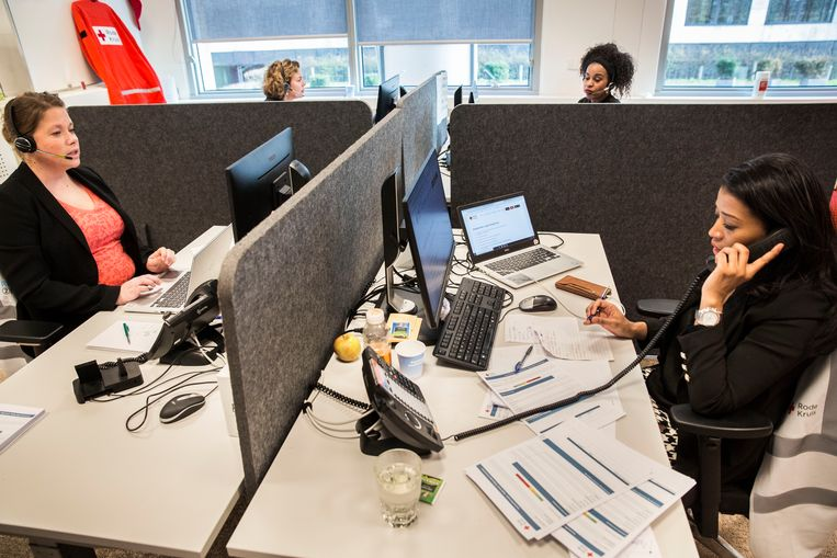 De kantoortuin werkt niet, zegt hoogleraar management Frederik Anseel. 'Deze crisis biedt kansen om de kantooromgeving aan te passen bij het werk dat we doen.' Beeld Arie Kievit