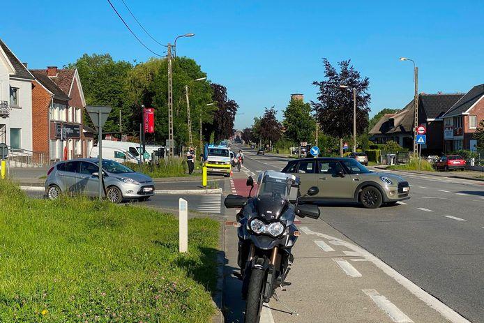 Het ongeval gebeurde ter hoogte van het kruispunt van de Gentsesteenweg met Botermelkstraat en Allemansbos in Erpe.