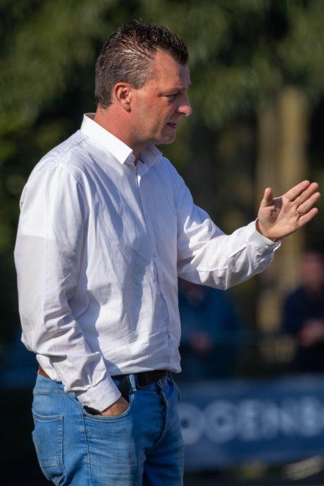 Michael Brussen na vijf jaar weg als trainer bij DVOL: 'Wil niet té lang doorgaan'