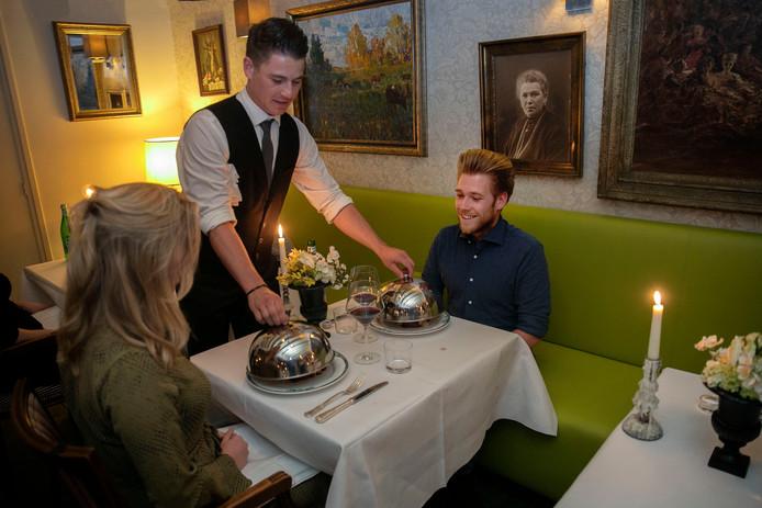 De klassieke inrichting van restaurant Prikkelz vergroot de 'Franse' beleving.