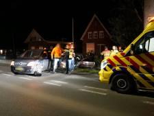 Auto's klappen op elkaar in Zevenaar; gewonde naar ziekenhuis