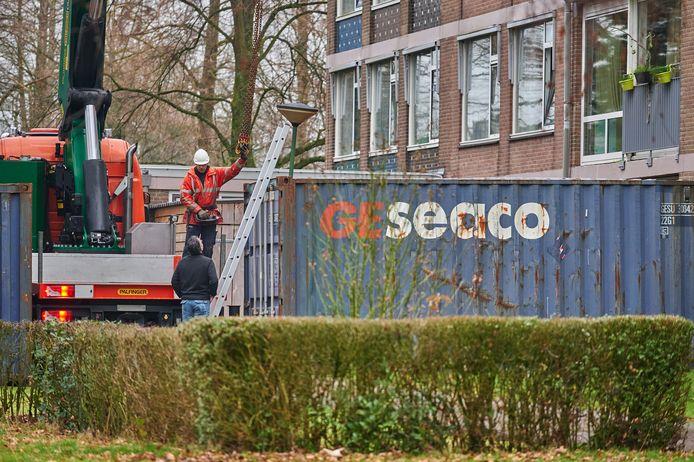 De container voor seniorenresidentie Ruitersbos in Breda werd maandagochtend weggehaald.