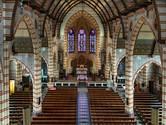 Oudste preekstoelen en langste glas-in-loodramen van Europa, ze zijn gewoon te bewonderen in Den Haag