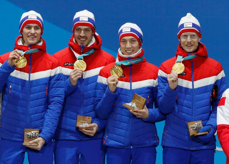 Ook in de landencompetitie schansspringen was Noorwegen de beste. Beeld Photo News