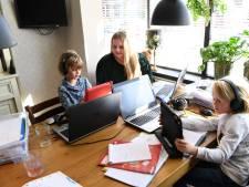 Daar is de 'studentenjuf': kan mama even ongestoord werken