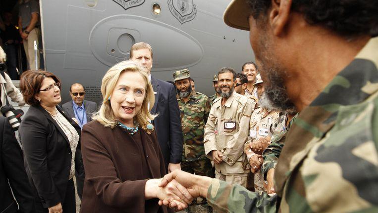 Clinton na haar aankomst in Tripoli Beeld ap