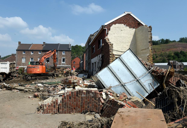Brouck is een van de zwaarst getroffen wijken na de overstromingen van de Vesder. Beeld Photo News