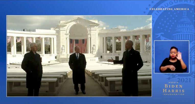 De videoboodschap van de oud-presidenten Clinton, Bush en Obama. Beeld via REUTERS