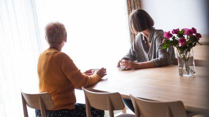 Genezen van borstkanker, 25 jaar geleden en vandaag: Martine (60) en Valerie (35) getuigen
