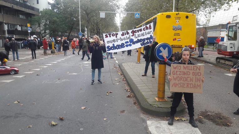 Demonstratie Kattenburgerstraat. Beeld Marcel Wiegman