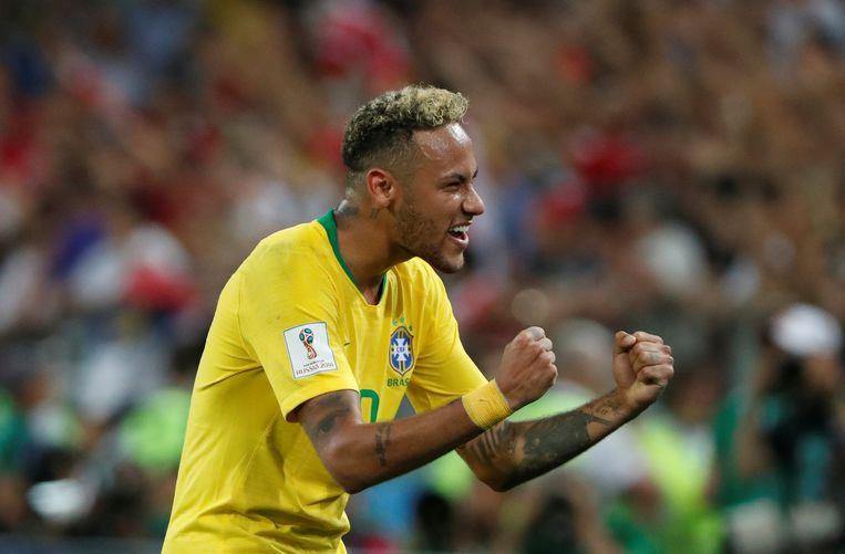 Neymar viert de overwinning. Beeld REUTERS
