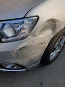 De schade aan de auto is groot