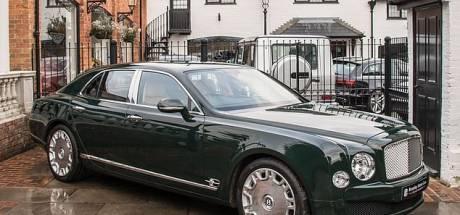 Rijden als een vorst: voormalige auto van Britse koningin staat te koop