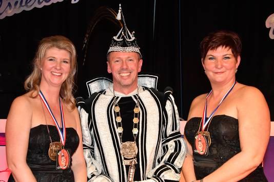 De nieuwe carnavalsprins Erwin Basten van De Deurzakkers in Ooij.