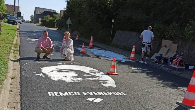 Graffititekening Remco Evenepoel siert Smeysberg