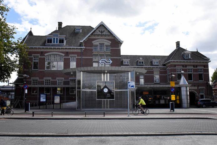 Station Woerden vanaf de stadskant.