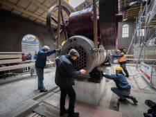 Stoommachine op z'n plek in historische fabriek Sint-Oedenrode