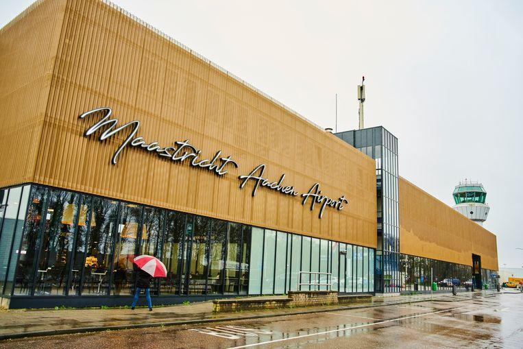 Maastricht Aachen Airport levert bij lange na geen 3300 banen op, zoals onderzoekers aanvankelijk beweerden. Beeld Hollandse Hoogte / Nederlandse Freelancers