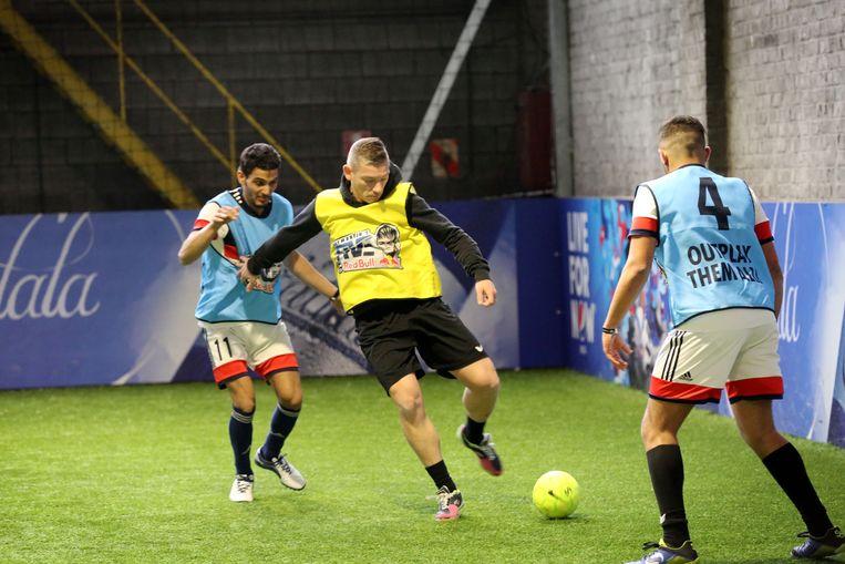 Garrincha is een ideale locatie voor wie binnen wil voetballen.