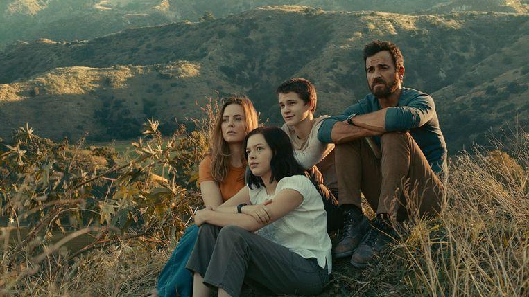 Melissa George, Logan Polish, Gabriel Bateman en Justin Theroux in 'The Mosquito Coast' Beeld TMDB