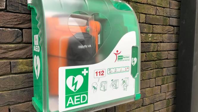 Stadsbestuur wil meer AED-toestellen in Hasseltse straatbeeld