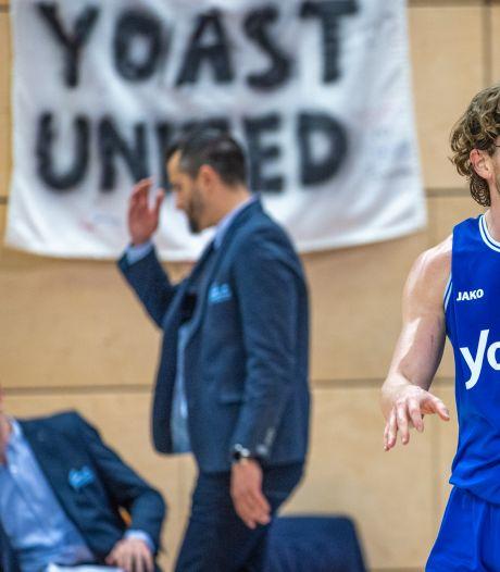 Yoast United strikt Amerikaan en zoekt nog vier spelers van buitenaf