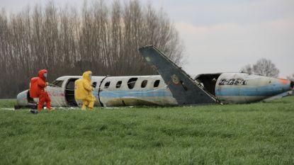 Brandweer oefent evacuatie na neerstorten vliegtuig op militaire basis Semmerzake