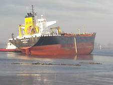 LIVE: Drie schepen betrokken bij aanvaring, olietanker nog gestrand