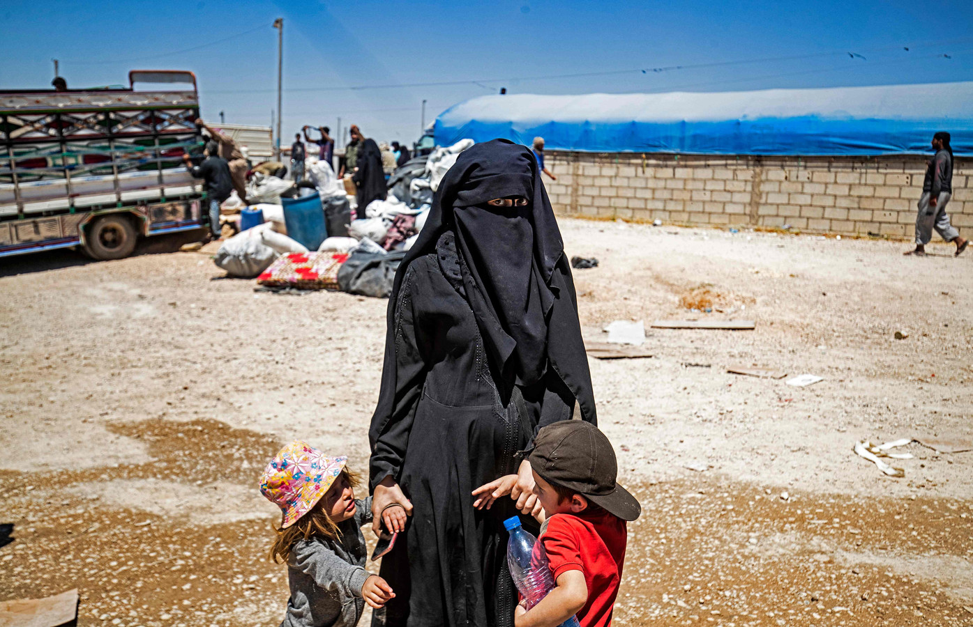 Foto ter illustratie. In kampen in Noord-Syrië zitten nog tientallen Nederlandse mannen en vrouwen in vluchtelingenkampen.