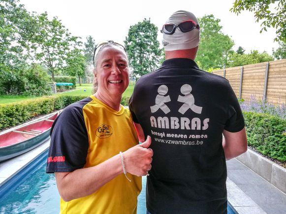 Kathy Van Lindt met een van de leden van AMBRAS die haar zullen ondersteunen bij haar reis naar Zuid-Korea