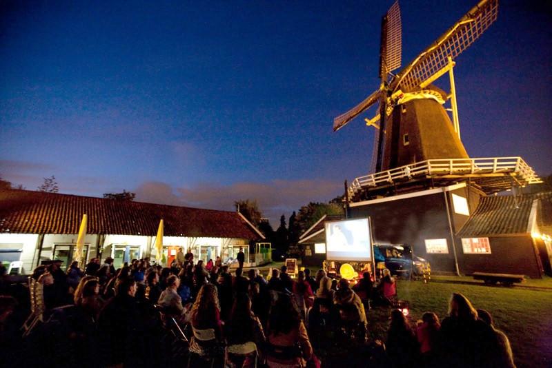 De Solar Cinema in actie
