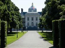 Huis ten Bosch opgeknapt, uitkering koning omhoog