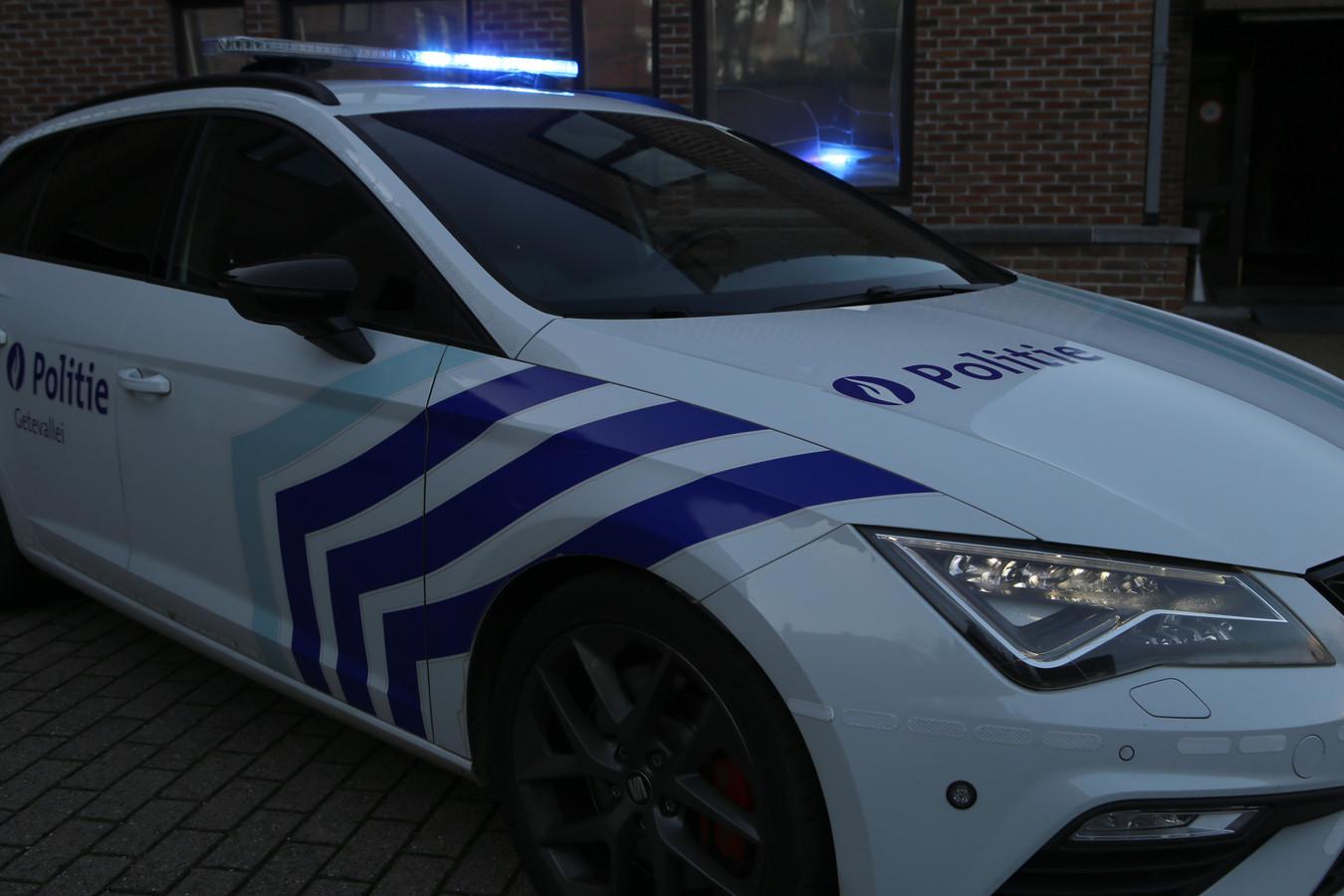 De politie kwam ter plaatse voor de vaststellingen van het ongeval.