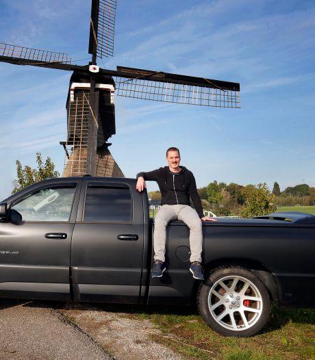 Richard (38) rijdt een Dodge Ram met een V10 motor: 'Ik denk dat-ie 1 op 3 rijdt'
