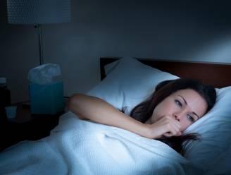Houden hoestbuien je wakker? Deze 5 natuurlijke tips helpen echt